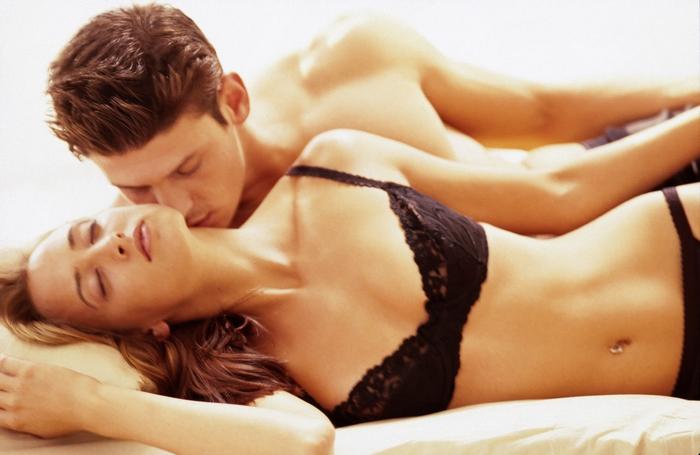 Comment durer plus longtemps au lit : techniques pour retenir son éjaculation